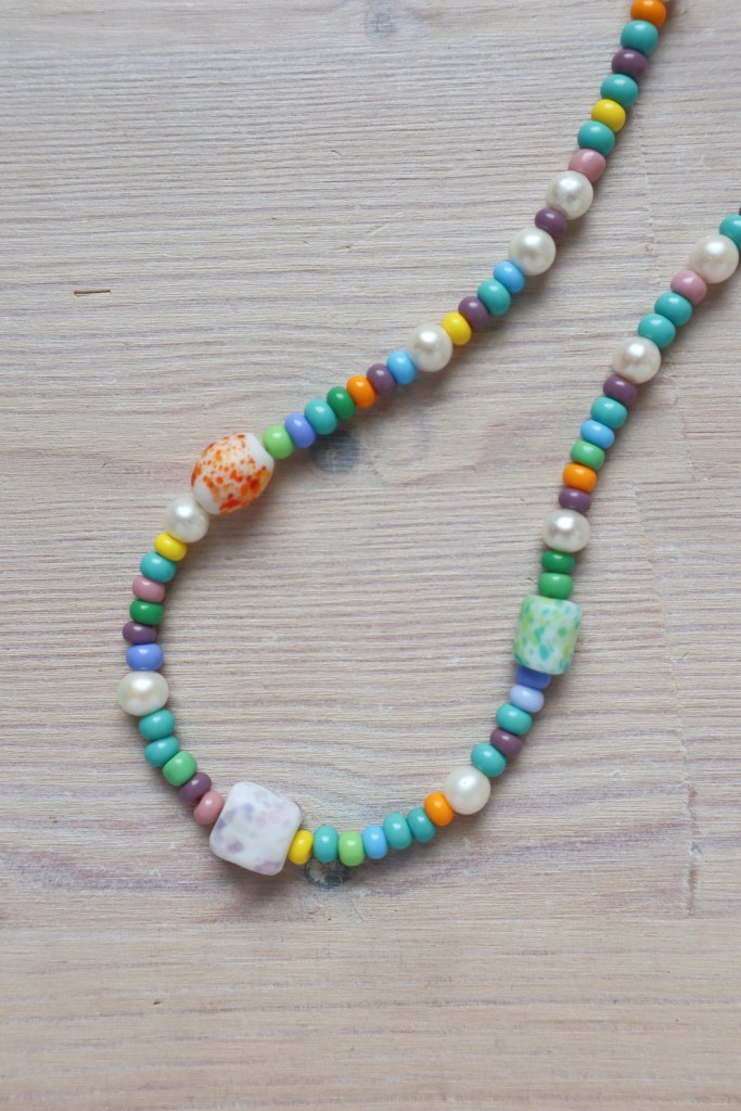simple beaded necklace 15