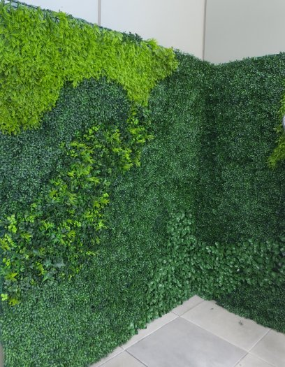 Faux Boxwood mix living walls, exterior UV