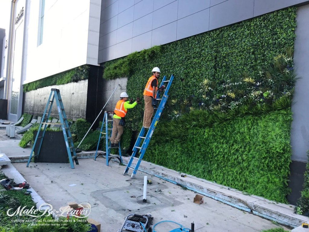 Phipps Plaza artificial green wall install