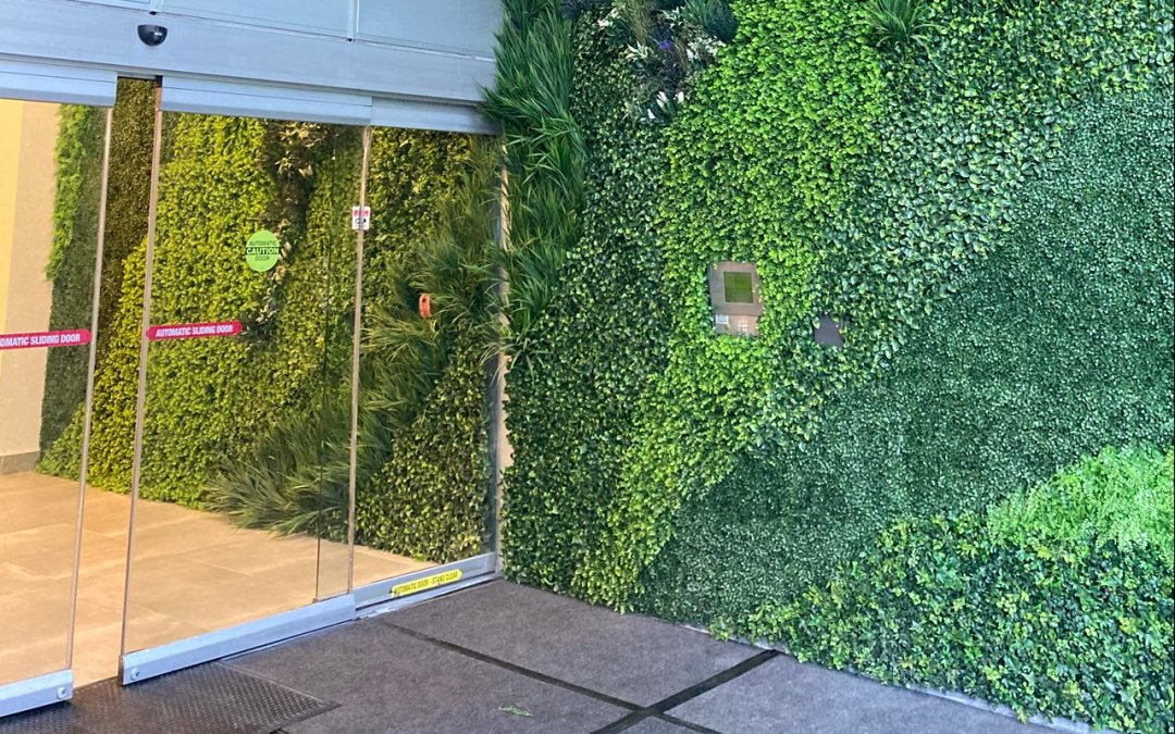 Artificial Green Walls entrance for the Hotel Allegro Towers