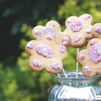 Recipe // Dairy and Soya Free Gingerbread Flowers
