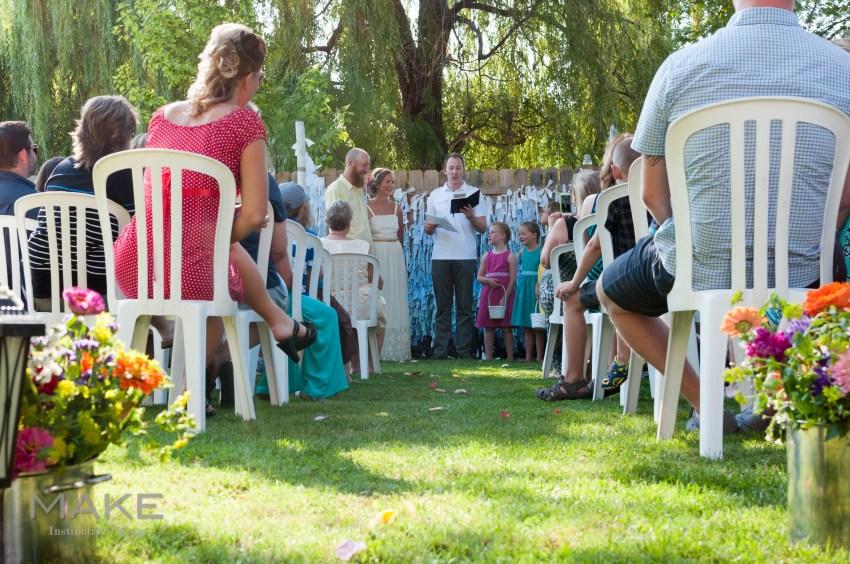 backyard-casual-wedding-0095