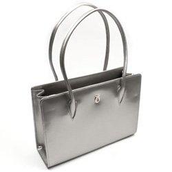 Launer - A handbag fit for a Queen