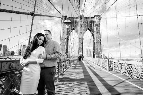 Brooklyn_Bridge_engagement_photo_01