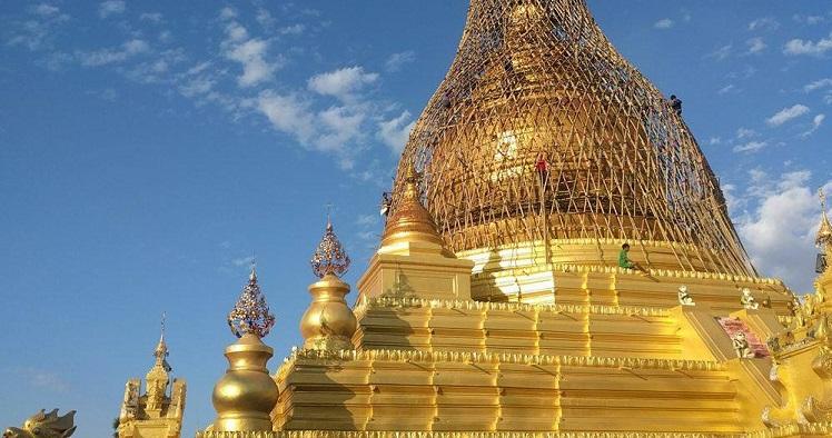 Les baroudeuses ont rencontré des pagodes , des pagodes , toujours des pagodes