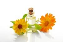 essential-oil-3139479_1280