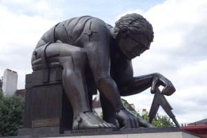 StatueBritishLibraryIsaacNewton