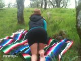 ezdoesit gets down with herself while on a hike