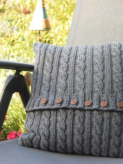 Anleitung: Kissen stricken mit Zopfmuster