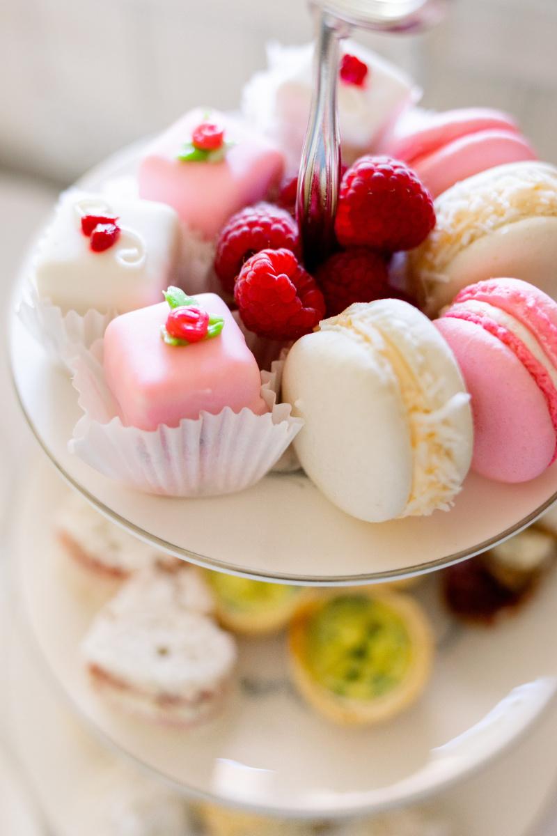 Petit Fours, Macarons