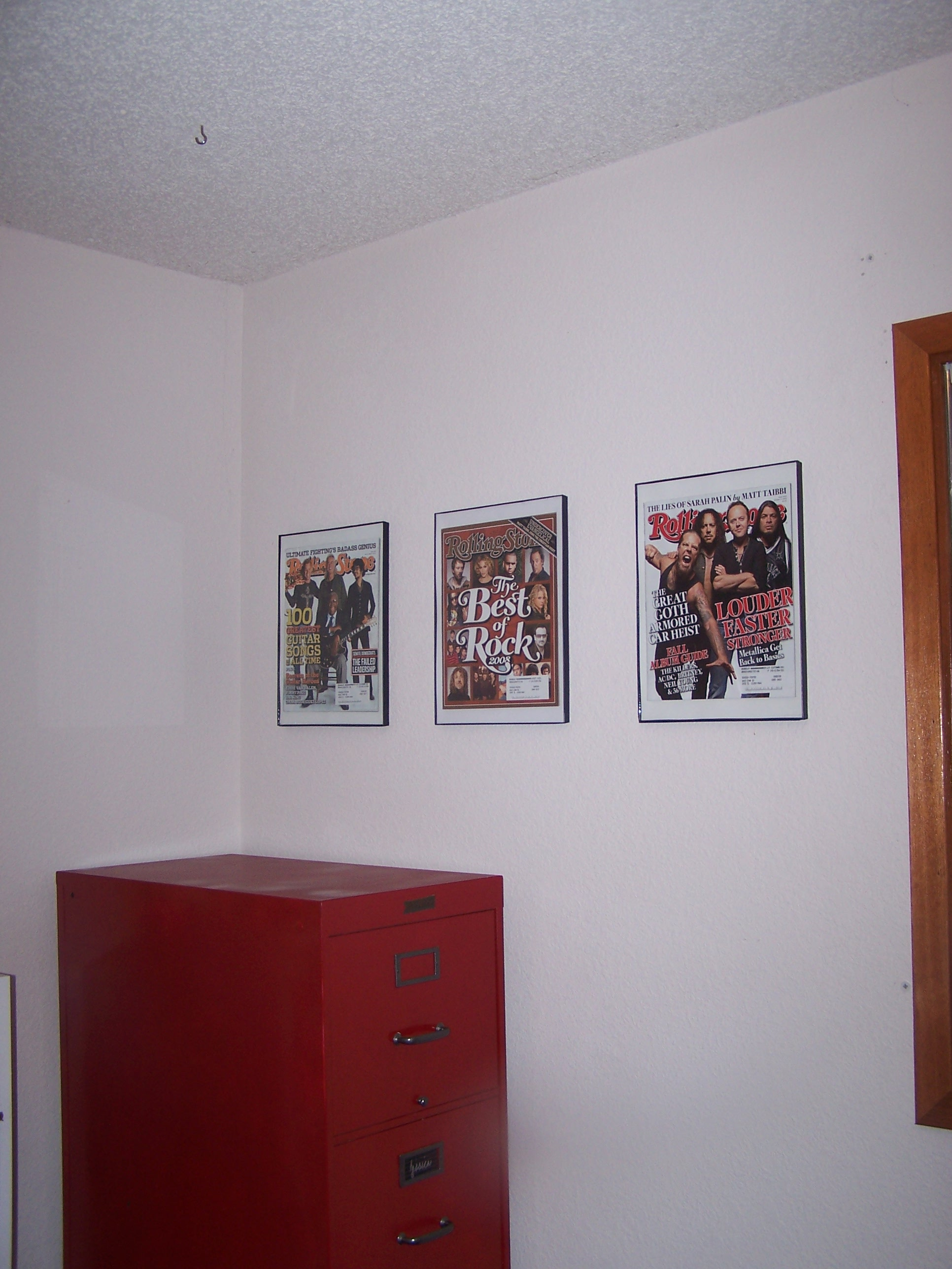 The left side view.  No more empty walls!