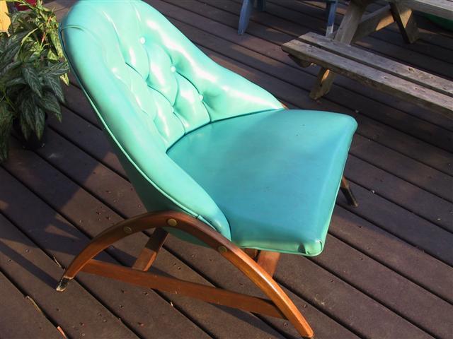 http://cgi.ebay.com/Eames-era-Danish-Modern-Sculptura-club-chair-UNIQUE_W0QQitemZ200368378272QQcmdZViewItemQQptZLH_DefaultDomain_0?hash=item2ea6e2d1a0&_trksid=p3286.c0.m14