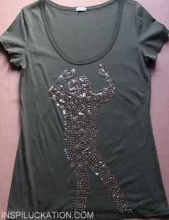 Cekiny i koraliki na koszulce