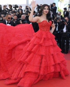 Cannes Film Festival: Aishwarya Rai Bachchan's looks red in red carpet look