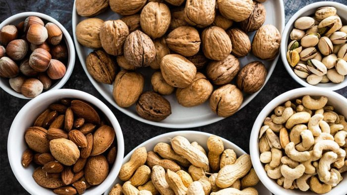 Vitamin B rich foods in Hindi Seeds and Nuts