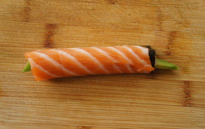 upstream-sushi-rolled