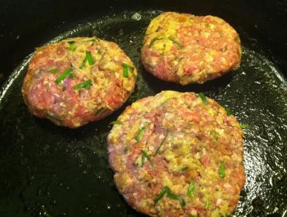 bacon burgers raw