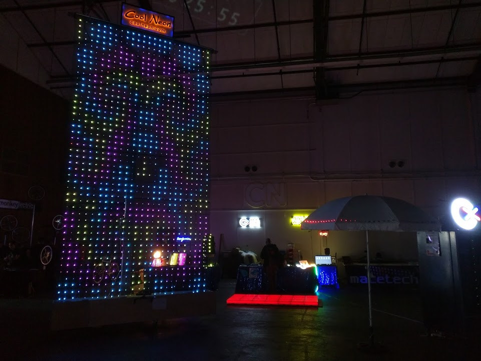 Light up your world with high tech easy to use Total Control Lighting. Learn and buy lighting with Arduino and other lighting controllers. & Maker Faire | Total Control Lighting. LEDs Arduino and Cool Neon ...