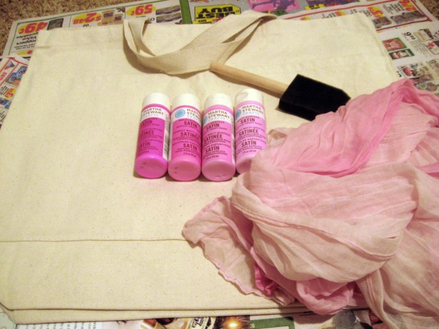 Materials for making your DIY ombre tote bag
