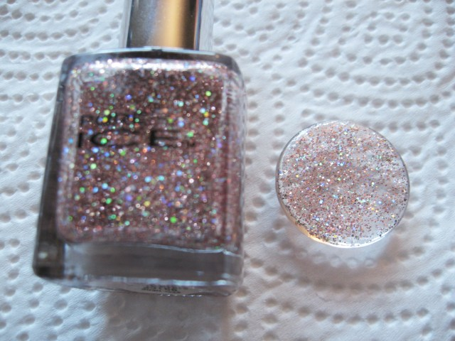 glitter nail polish used to make diy glitter necklace