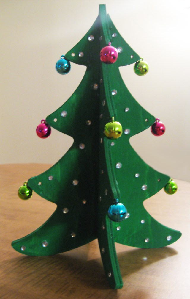 DIY decorative christmas tree