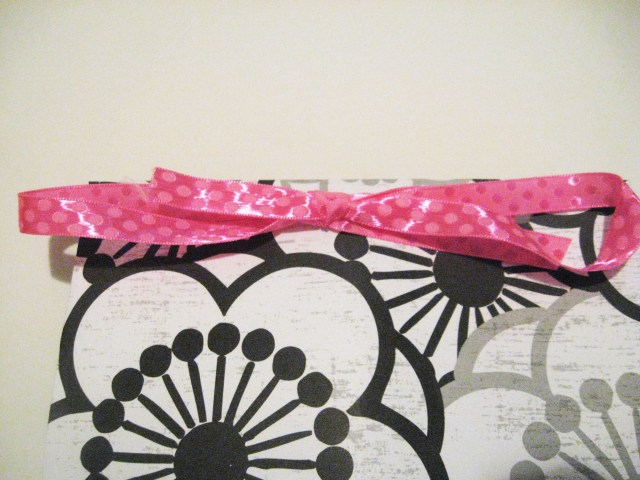 gift bag with bow