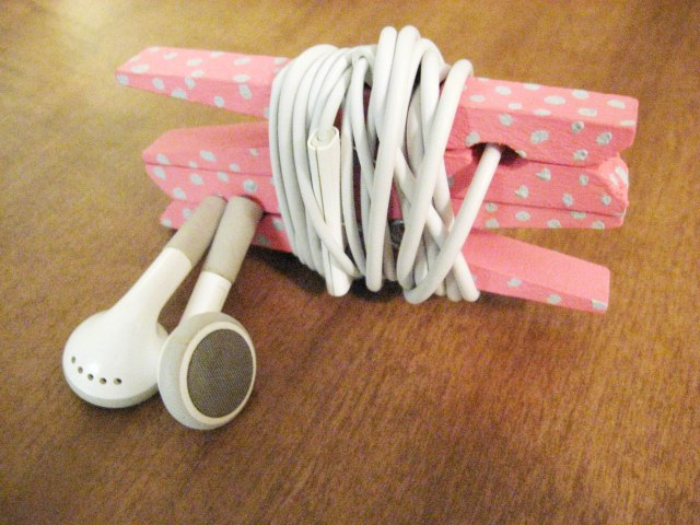 Pink headphone organizer made from clothespins