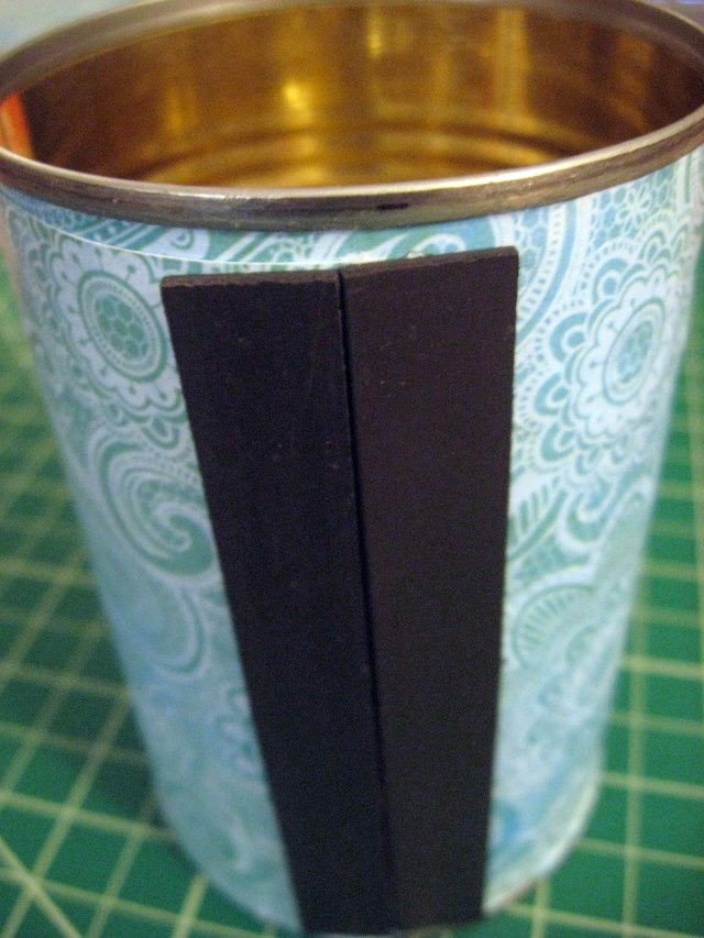 magnets on tin can