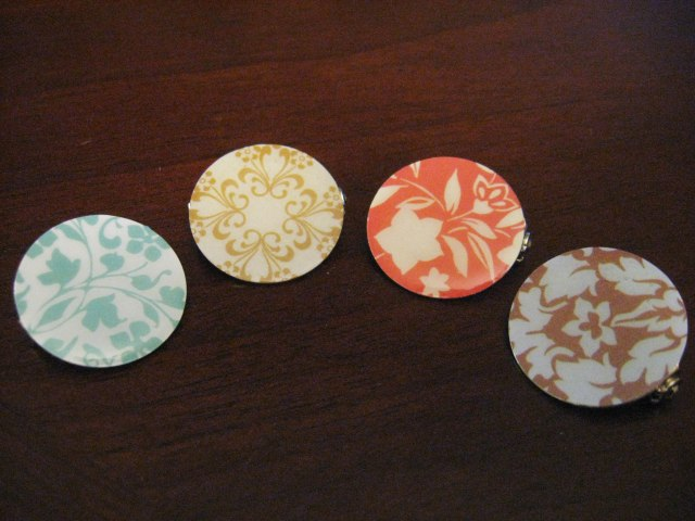 DIY decorative scrapbook paper pins