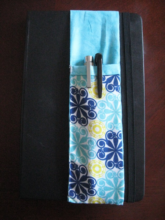DIY sketchbook pencil holder