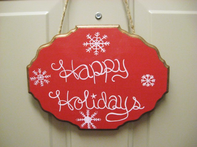 DIY Chalkboard Holiday Sign