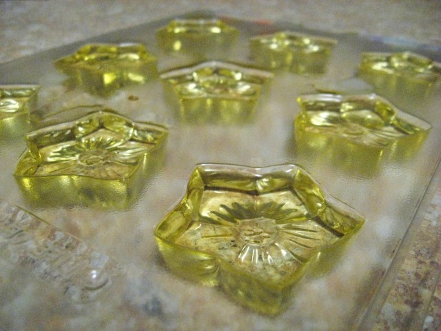 flower-shaped wax melts