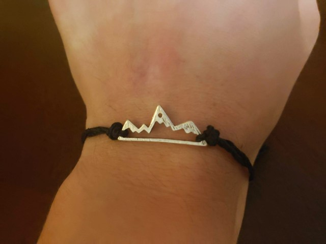 diy mountain bracelet