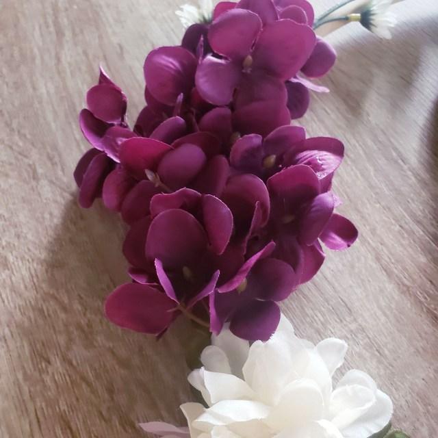 flower arrangements for hoop wreath