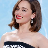 Emilia Clarke Makeup Tutorial