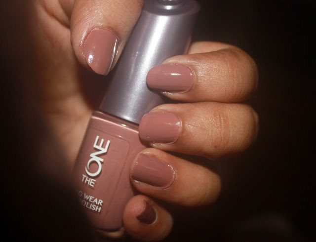 Trendy Dark Nail Polish ft.Oriflame