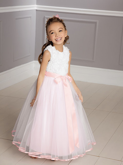 Top 5 Trendy Flower Girl and Junior Bridesmaids Dresses