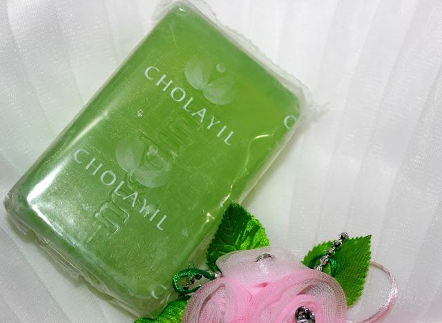 Medimix Ayurvedic Natural Glycerine With Lakshadi Oil Soap Review