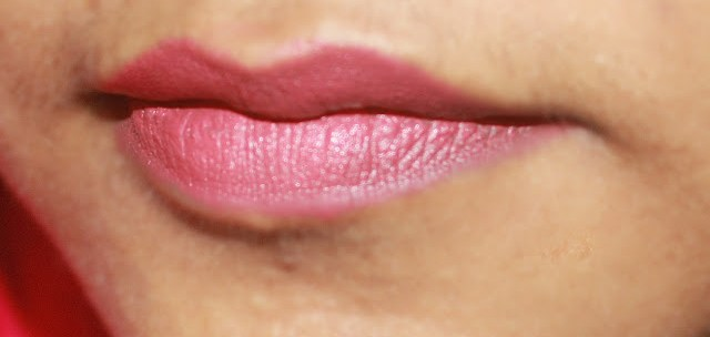 Sugar Cosmetics It's A-Pout Time Vivid Lipstick 02 Breaking Bare Review& LOTD