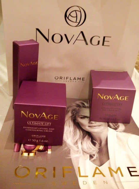 Sonali Bendre Oriflame (NOVAGE) Launch