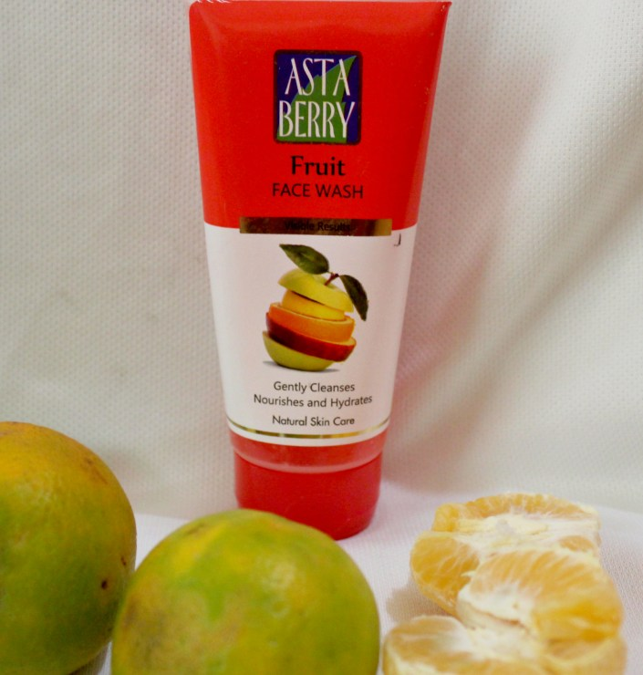 Astaberry Fruit Face Wash Review