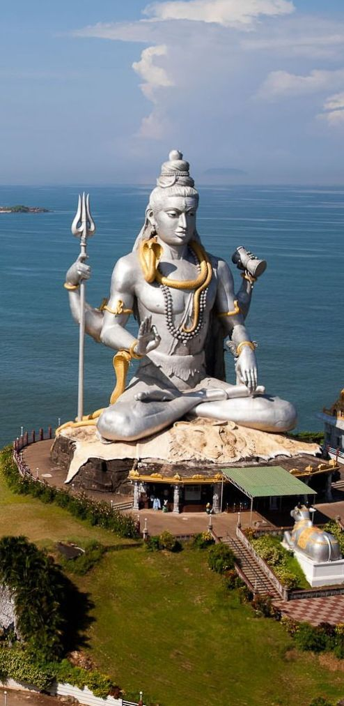 12 Most Famous Shiva Temples (Jyotirlingas) In India To