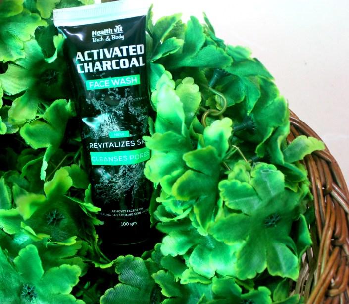Healthvit Activated Charcoal Facewash Review