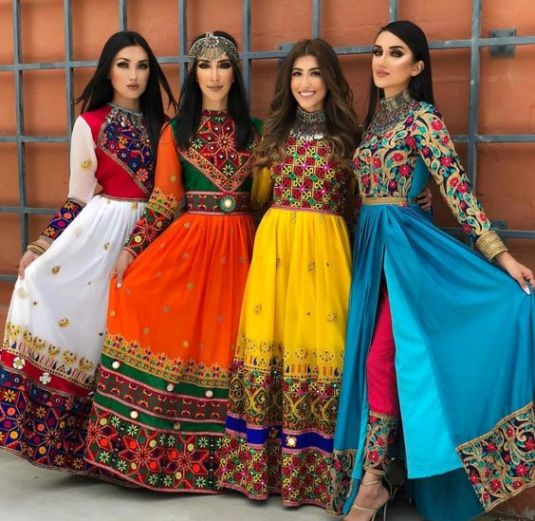 How To Wear 9 Colours Of Navratri 2018 In The Most Trendy