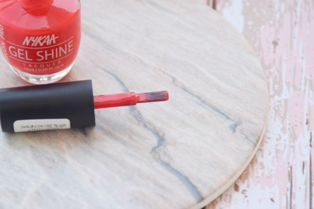 Nykaa Salon Shine Gel Nail Lacquer