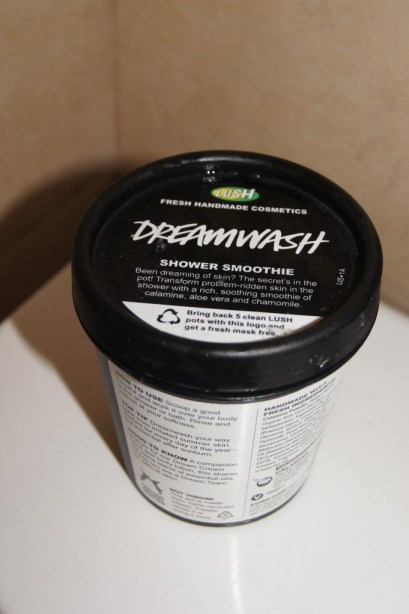 LUSH Dreamwash Shower Smoothie