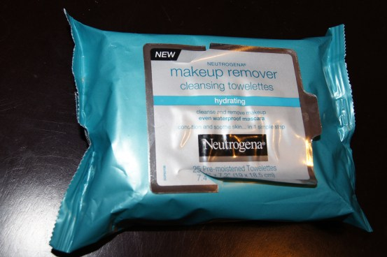 Neutrogena Makeup Remover Hydrating Cleansing Towelettes