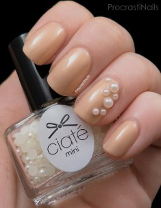 ciate-mini-mani-manor-swatch-girl-with-a-pearl