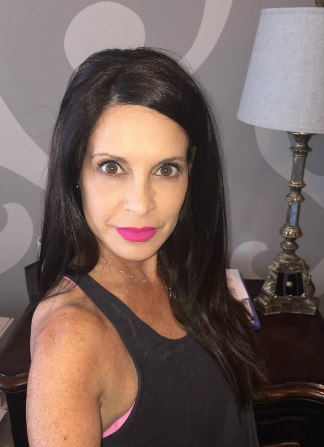 Highlight matte lipstick