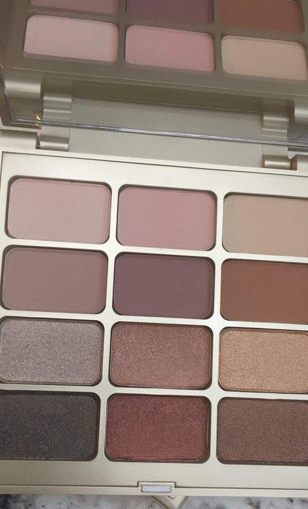 Stila mattes and metals palette